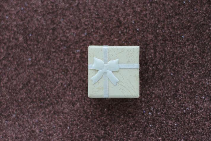 gift-3836546_1920