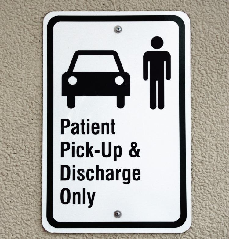 patient-pickup-sign-1745442_1920